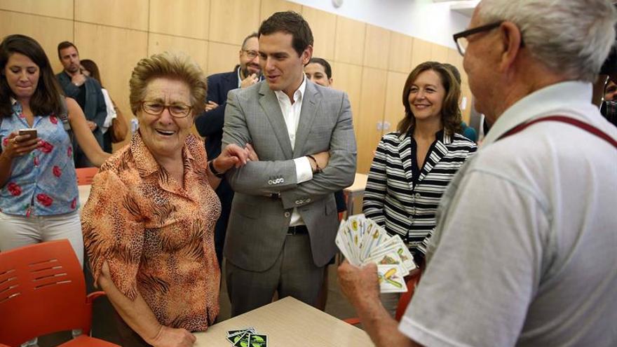 Rivera promete obsesionarse con crear empleo de calidad que garantice las pensiones