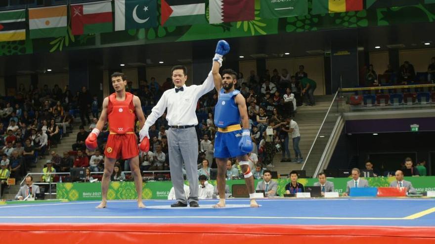Al-hajj Helal Ali Mohammed tras uno de los combates celebrados en los Juegos Olímpicos de Solidaridad Islámica en Azerbaiyán en 2017.