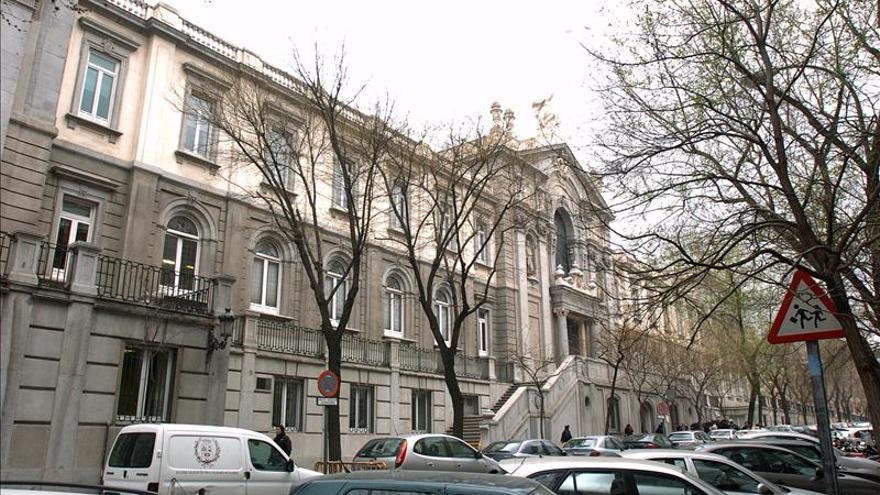 El TS confirma 23 años cárcel a gemelos que mataron a empleada de Iberia con su Porsche