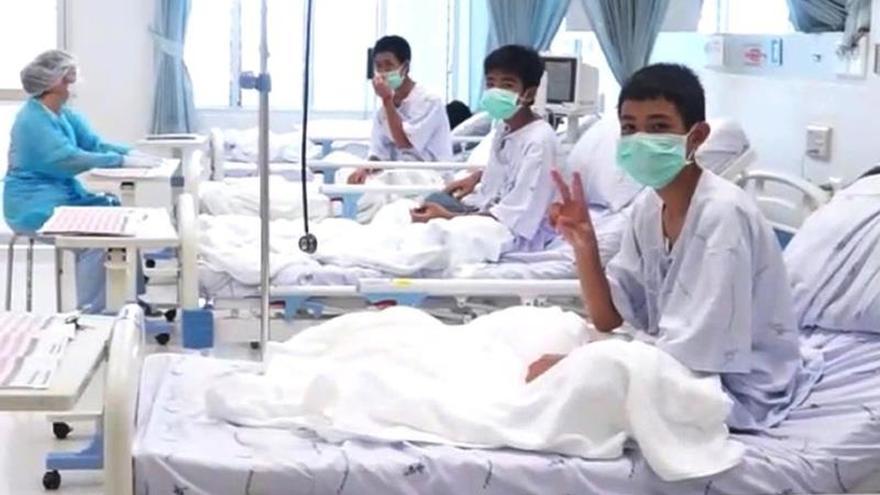 Difunden el primer vídeo de los chicos rescatados en el hospital de Tailandia