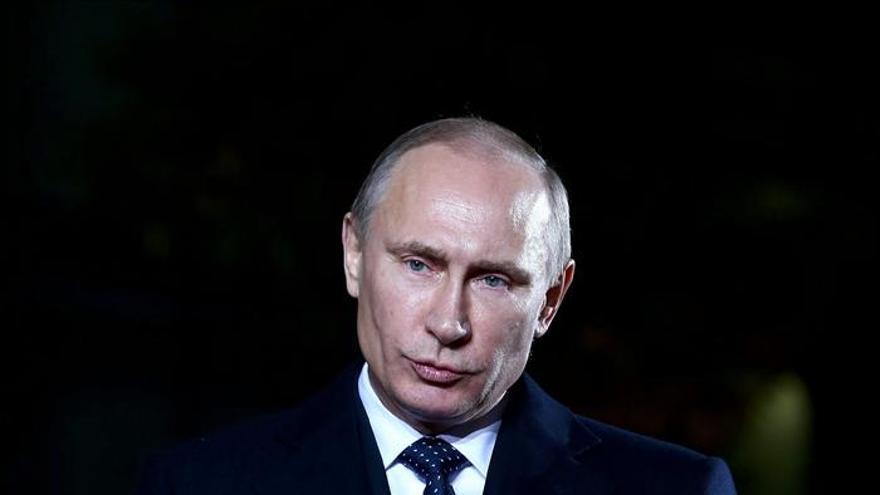 Moscú y Kíev rubrican la rebaja del precio del gas ruso para Ucrania