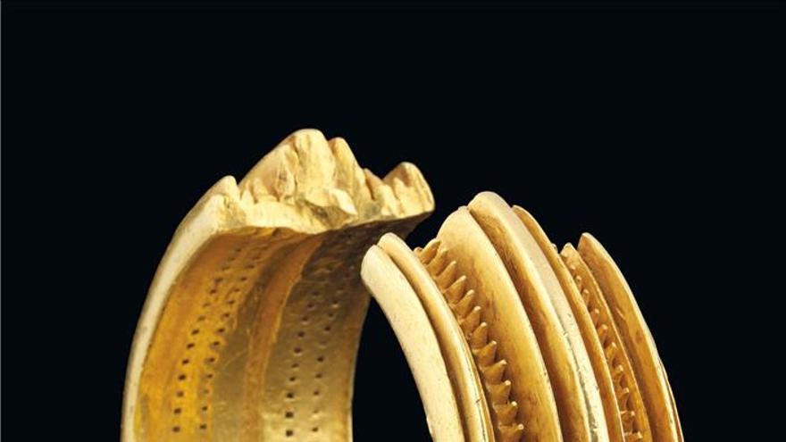 Un brazalete hallado en la Península Ibérica se vende por 600.000 euros