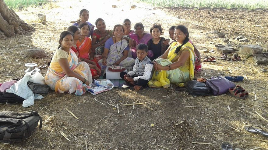 El club de debate de Rohii Pawar en Walhe, en el distrito de Pune, Maharashtra. Foto: Imagen cedida