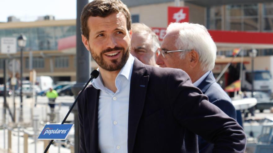 Casado reúne en Córdoba a exministros de Aznar y Rajoy para exhibir su experiencia de gestión ante las crisis