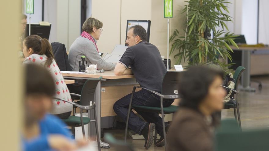 El paro sube un 4% en noviembre en Cantabria que supera los 43.000 desempleados