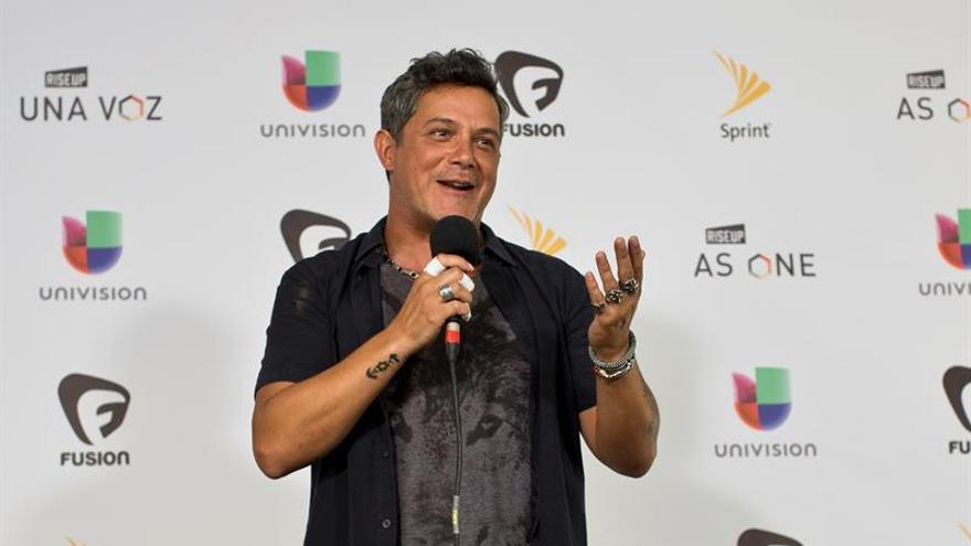 Alejandro Sanz y Niña Pastori se llevan dos Grammys Latino para España