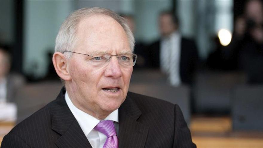 Schäuble exige más recortes a todos los ministerios alemanes