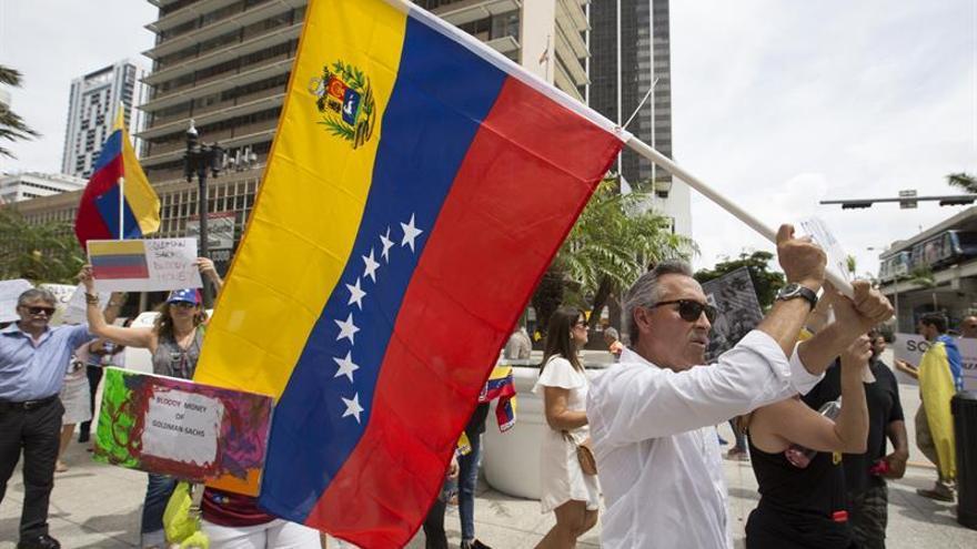 Exiliados en Florida apoyan con su voto la lucha de sus compatriotas en Venezuela
