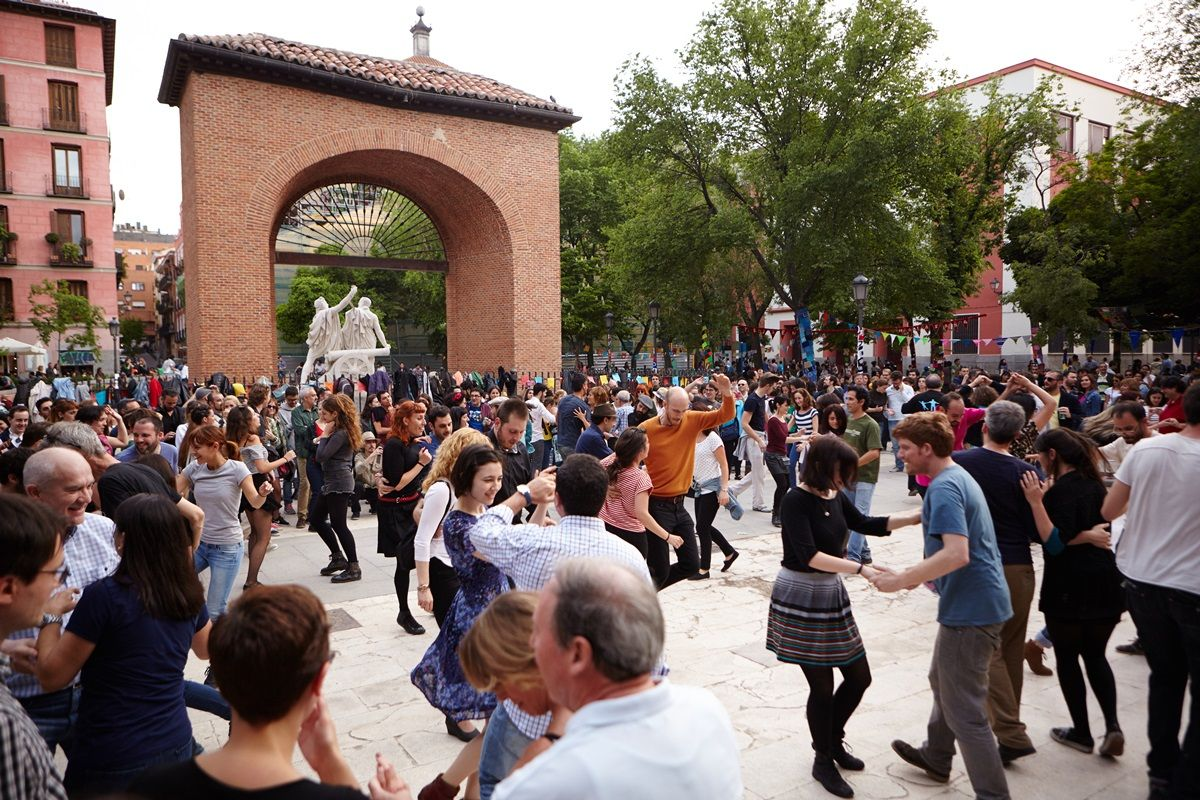 Un momento de la verbena celebrada en las Fiestas del 2 de mayo de 2015 | RAQUEL ANGULO
