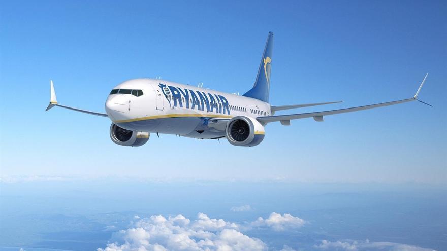 Trabajo anula el segundo ERTE por causas de fuerza mayor de Ryanair a unos 200 trabajadores