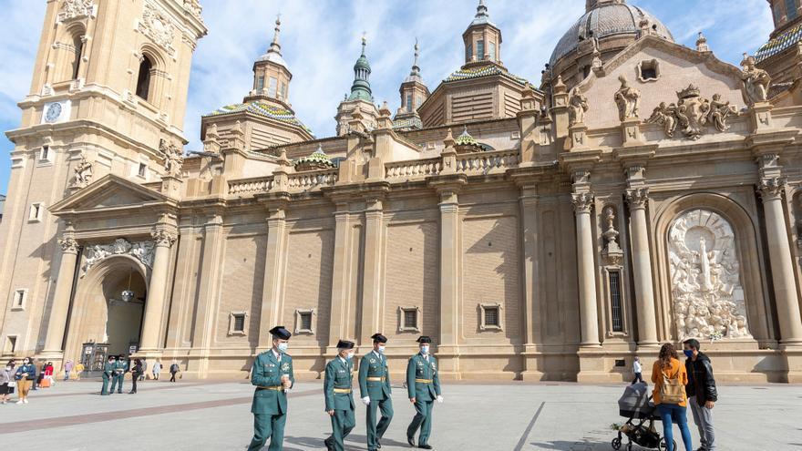 Zaragoza asume resignada que mañana no comenzarán las fiestas del Pilar