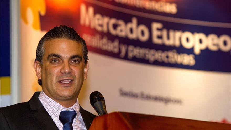 El ministro de Comercio Exterior de Ecuador anuncia su retirada del Gobierno