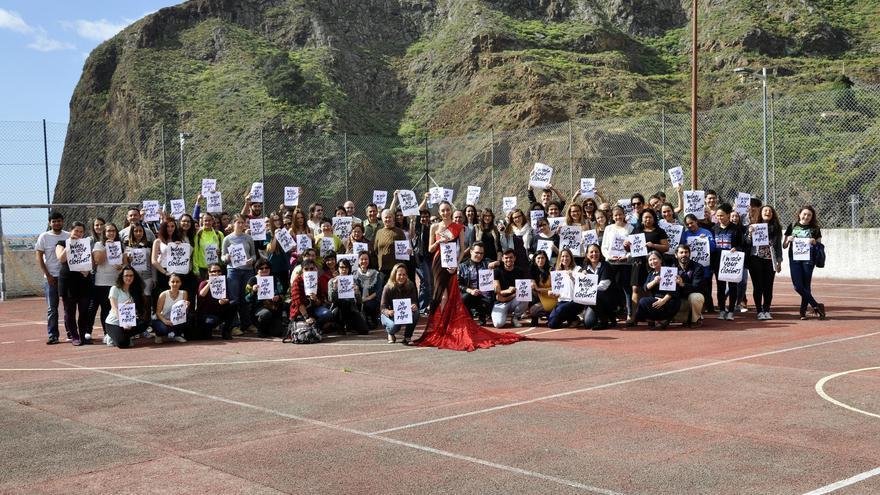 Unas 120 personas participaron en el acto celebrado en la Escuela de Arte.