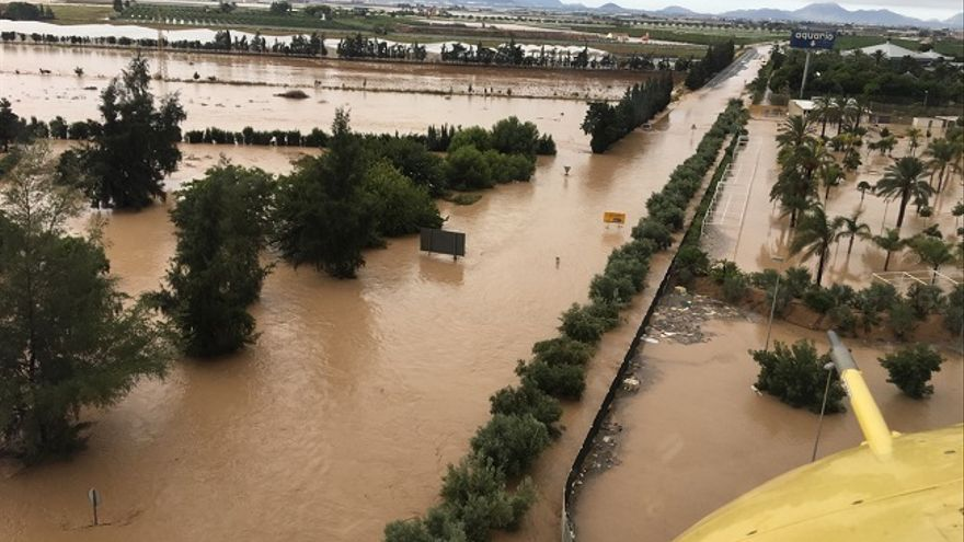 El municipio murciano de Los Alcázares anegado tras el paso de la DANA