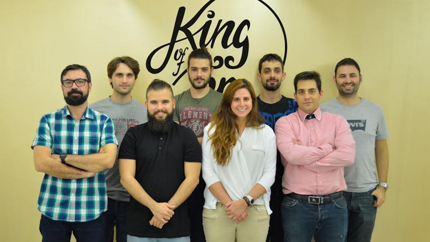 El equipo de King of App. Abajo a la derecha, Xavier Barata