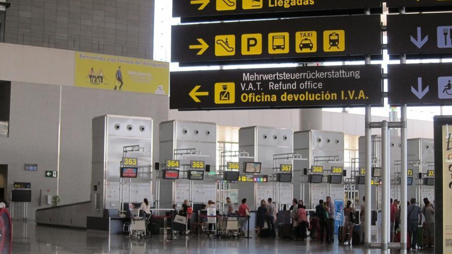 Casi 4.000 escolares visitaron el aeropuerto de Málaga-Costa del Sol en 2015