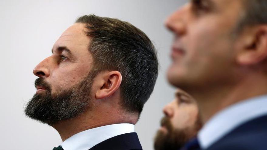 """Abascal cree que Sánchez debería dimitir por """"estafar"""" a los españoles"""