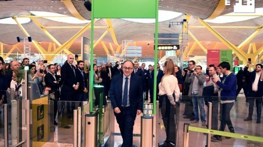 Iberia y Aena lanzan una prueba piloto de reconocimiento facial en Barajas