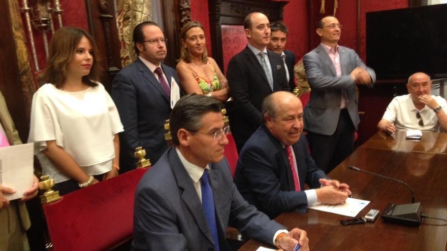 Ciudadanos retira su apoyo al PP en el Ayuntamiento de Granada ante la continuidad de concejal de Urbanismo