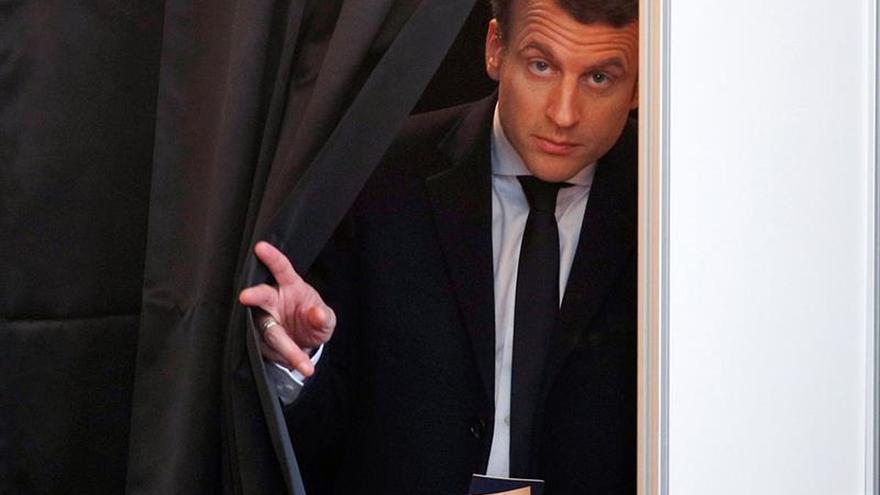 """Los seguidores de Macron, convencidos de una victoria """"evidente"""""""