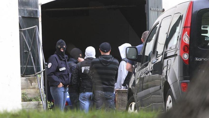 Francia no ve ninguna señal de que ETA vaya a retomar la lucha armada