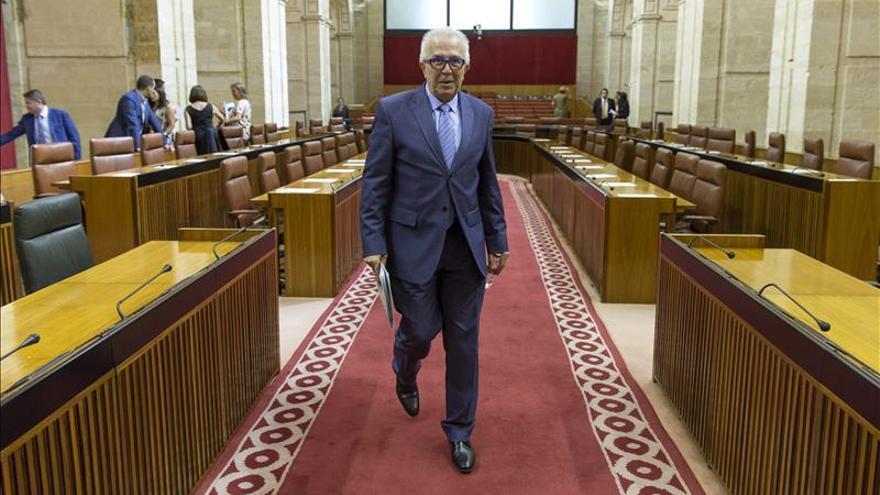 """El Parlamento andaluz da """"luz verde"""" a la investigación de los cursos de formación"""