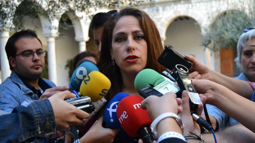 Consejera de Empleo, Mujer y Políticas Sociales, María Angeles Muñoz