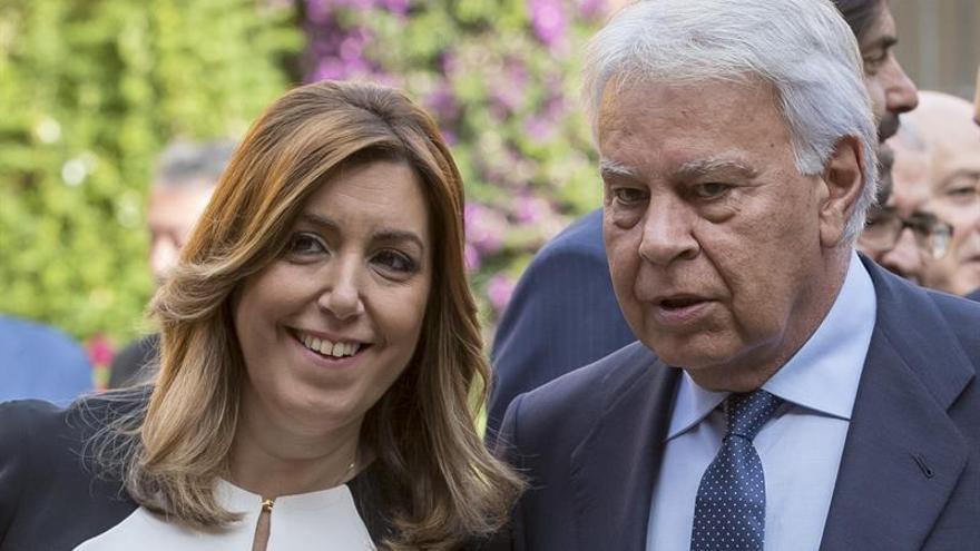 """Felipe González: """"La política es siempre una obra inacabada"""""""