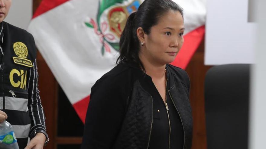 Keiko Fujimori llegó a la clínica con pronóstico reservado y una crisis de hipertensiónacorralados por la Justicia