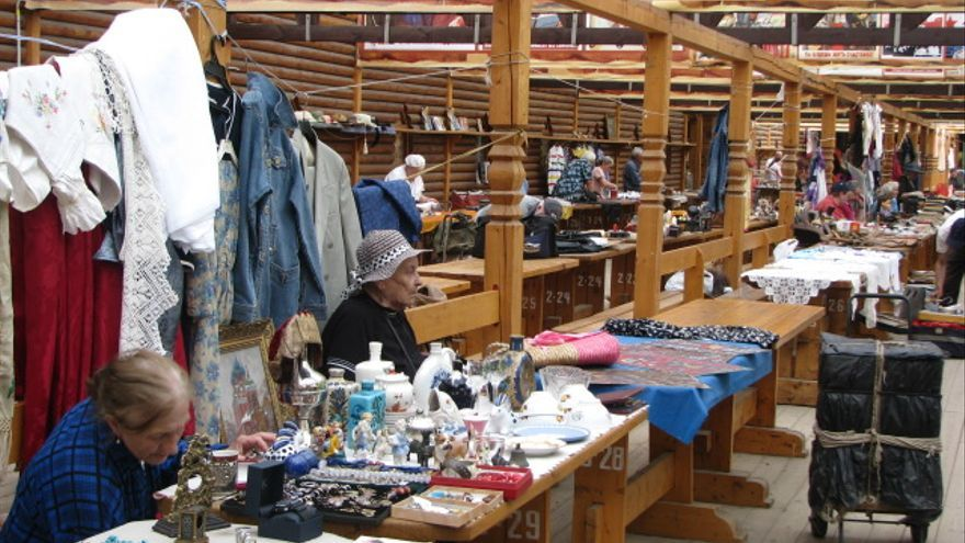Puestos del mercado de Izmailovo.