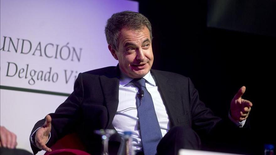 Zapatero dice que no reformó la Constitución porque el PP no lo iba a apoyar