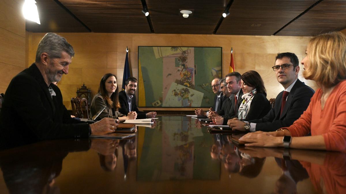 Imagen de parte de los hasta ahora componentes de la Mesa de coordinación de la coalición de PSOE y Unidas Podemos, de los que solo se mantendrán Ione Belarra y Félix Bolaños.