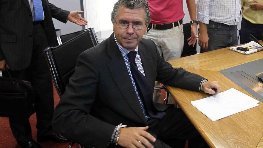 Aplazada 'sine die' la declaración de Granados en la Asamblea hasta un nuevo pronunciamiento del juez Velasco