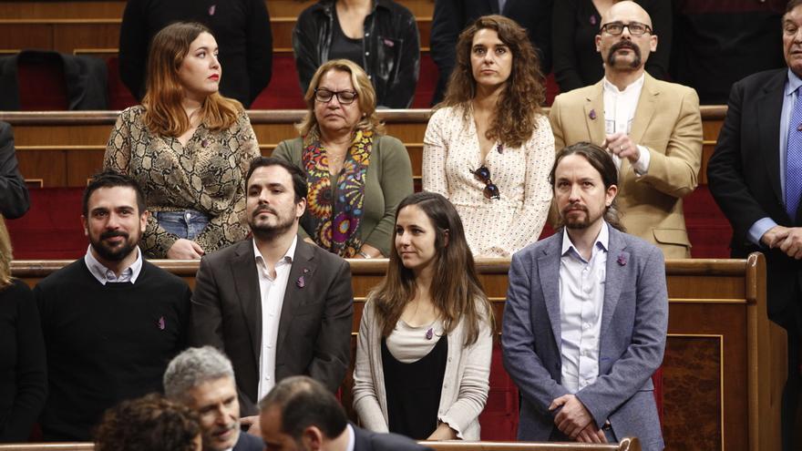 """Pablo Iglesias critica el discurso """"decepcionante"""" del Rey y rechaza la ovación """"sobreactuada"""" a Juan Carlos I"""
