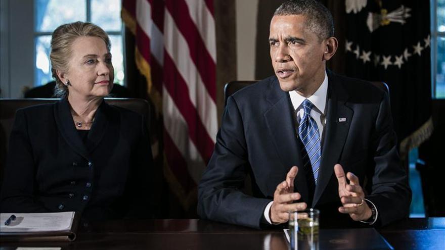"""Obama afirma que Hillary Clinton sería """"una gran presidenta"""" en 2016"""