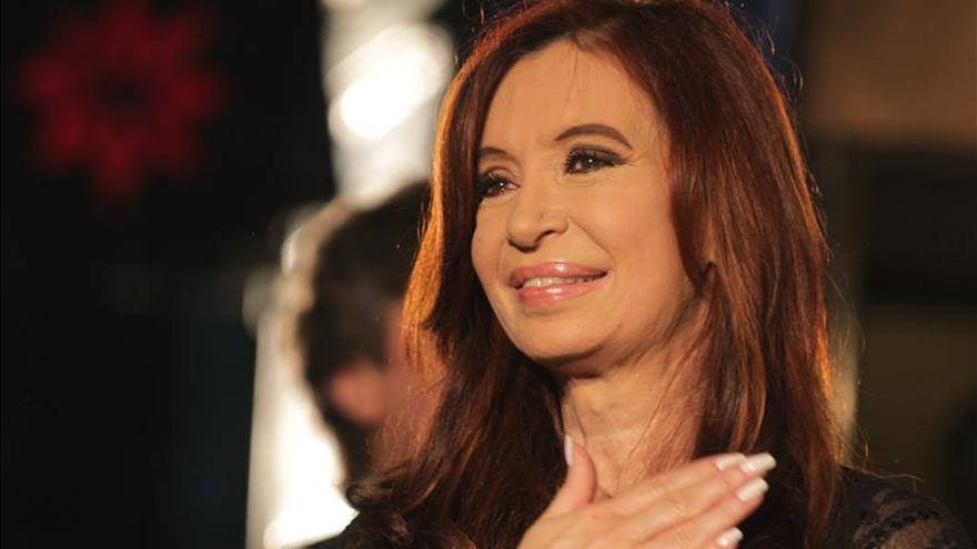 La presidenta argentina se deja ver en el sur del país tras la afección