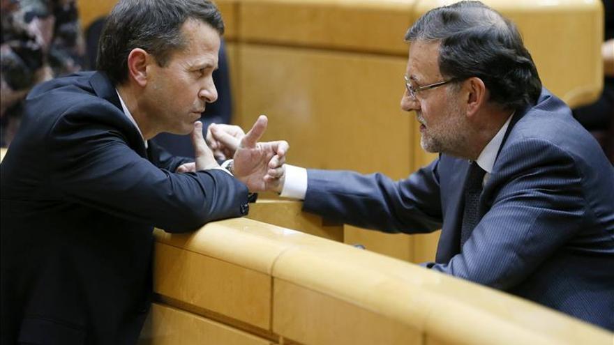 """Rajoy cree que se hace """"un gran favor"""" a los presos etarras con su dispersión"""