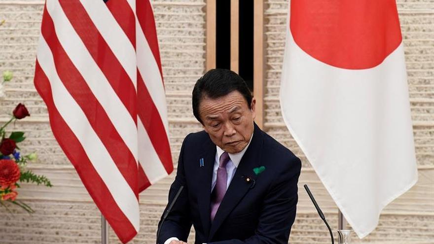 """Japón advierte a EEUU que """"no hará concesiones"""" en pacto comercial bilateral"""