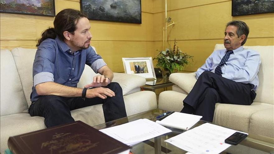 """Iglesias cree que Rajoy y Sánchez salieron al debate haciendo un """"epitafio"""""""