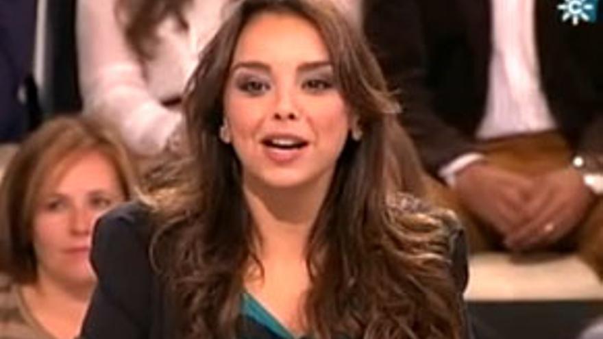 """Chenoa planta cara a las nacionales con su entrevista en """"Menuda Noche"""""""