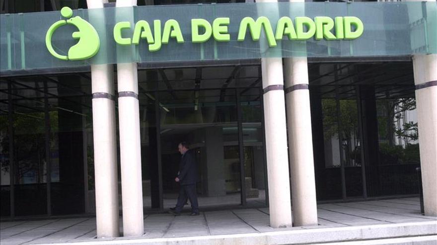 Andreu pregunta a Hacienda si Caja Madrid trató de deducirse los gastos de las tarjetas