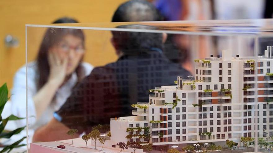 La vivienda se encarece el 6,8 por ciento hasta marzo y suma 20 trimestre al alza