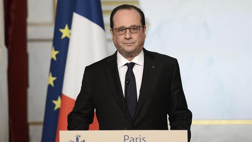 Un concurso oficial de Marsellesa suma ironías y críticas al Gobierno francés