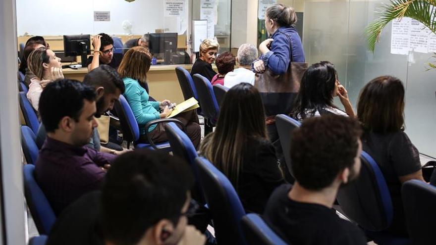 La Policía reanuda la emisión de pasaportes en Brasil después de casi un mes