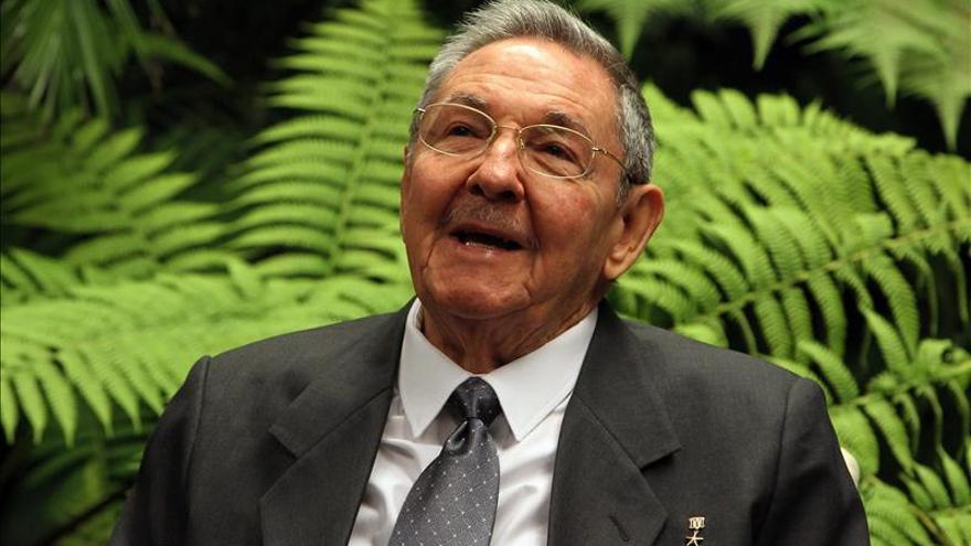 Raúl Castro llega a Chile en medio de gran expectación para la Cumbre Celac-UE