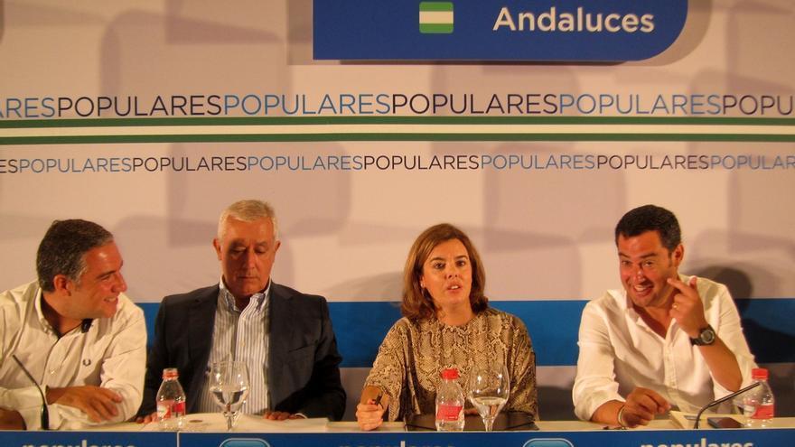 """Bendodo subraya que Moreno ejerce la """"dirección plena"""" del PP-A y augura un """"papel importante"""" para Arenas en las listas"""