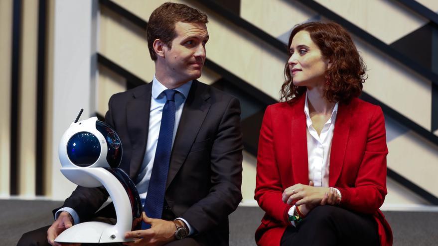 Pablo Casado e Isabel Díaz Ayuso en una visita al Campus de Google el 10 de abril de 2019.