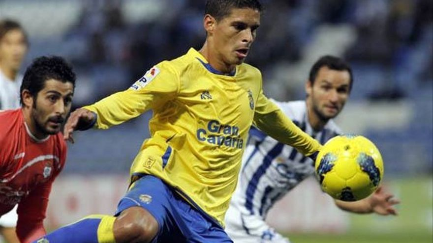 Sergio Suárez antes de marcar un gol ante el Recreativo (ACFI PRESS).