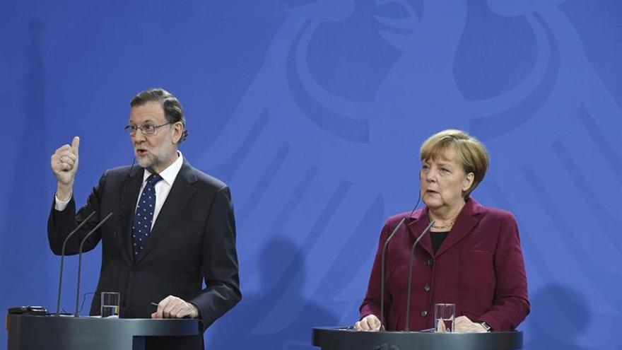 Rajoy confía en llegar a acuerdos con el PSOE pese a su actitud con Jorge Fernández
