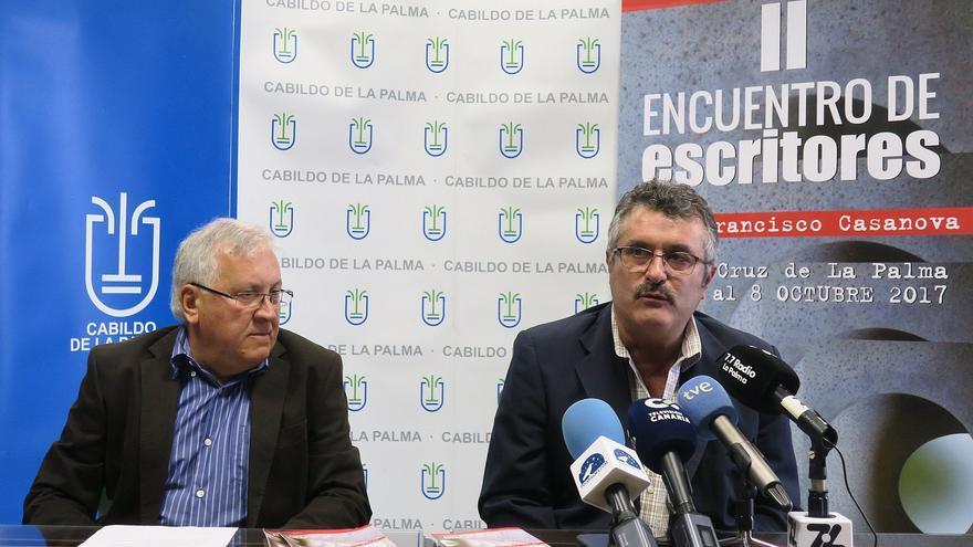 Juan Calero (i) y Primitivo Jerónimo, este lunes.